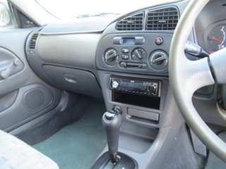 2000 Mitsubishi Lancer CE2 GLi Silver 4 Speed Automatic Sedan