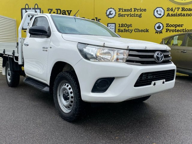 Used Toyota Hilux GUN126R SR, 2015 Toyota Hilux GUN126R SR White 6 Speed Manual Cab Chassis