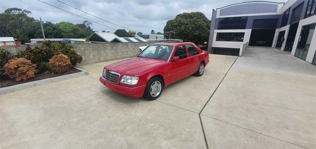 Used Mercedes-Benz E220  , 1994 Mercedes-Benz E220 Imperial Red 4 Speed Automatic Sedan
