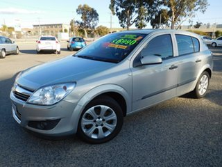 2008 Holden Astra AH MY08.5 60th Anniversary Gold 5 Speed Manual Hatchback.