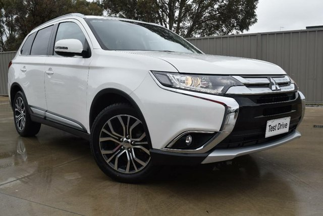 Used Mitsubishi Outlander ZK MY16 LS 4WD Echuca, 2016 Mitsubishi Outlander ZK MY16 LS 4WD Pearl White 6 Speed Constant Variable Wagon