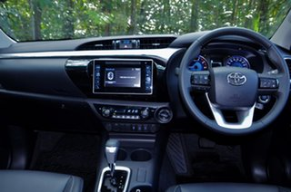2020 Toyota Hilux High Spec White Automatic Dual Cab.