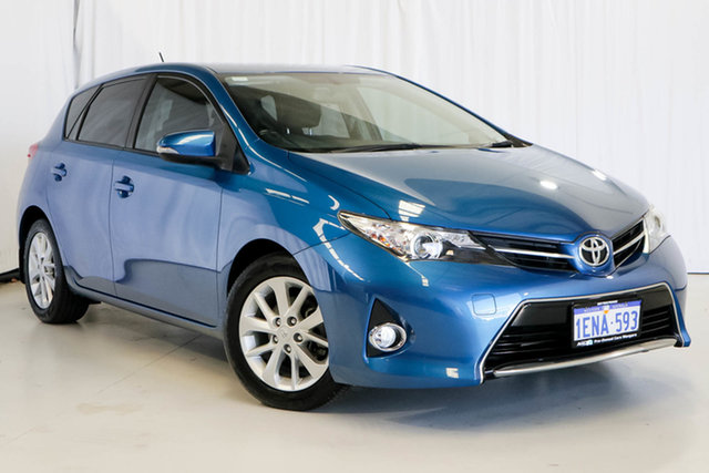 Used Toyota Corolla ZRE182R Ascent Sport S-CVT, 2013 Toyota Corolla ZRE182R Ascent Sport S-CVT Blue 7 Speed Constant Variable Hatchback