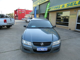 2006 Holden Commodore VZ Executive Blue 4 Speed Automatic Wagon.