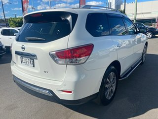 2014 Nissan Pathfinder White Automatic Wagon