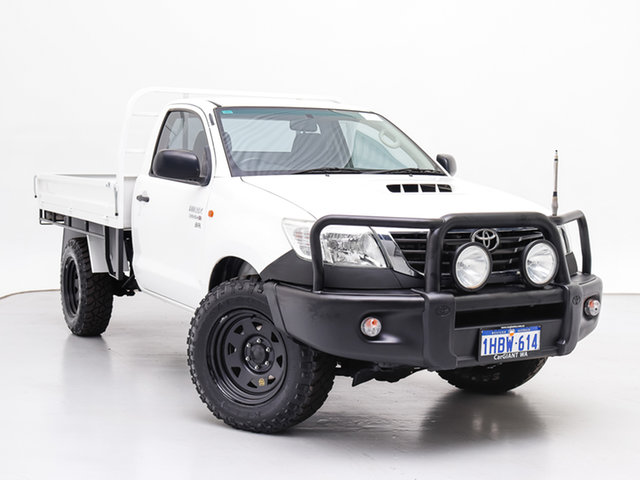 Used Toyota Hilux KUN26R MY12 SR (4x4), 2012 Toyota Hilux KUN26R MY12 SR (4x4) White 4 Speed Automatic Cab Chassis