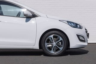 2016 Hyundai i30 GD4 Series II MY17 Active X White 6 Speed Sports Automatic Hatchback