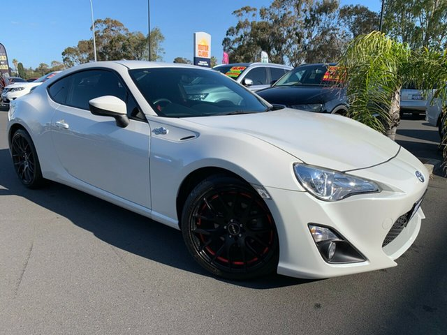 Used Toyota 86 ZN6 GT, 2014 Toyota 86 ZN6 GT Pearl White 6 Speed Manual Coupe