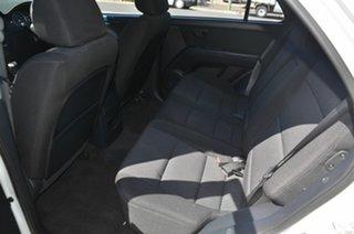 2009 Kia Sorento BL LX White 5 Speed Manual Wagon