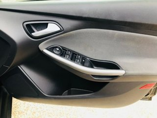 2011 Ford Focus LW Trend PwrShift Black 6 Speed Automatic Sedan