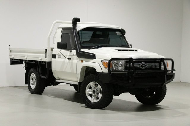Used Toyota Landcruiser LC70 VDJ79R MY17 GXL (4x4), 2016 Toyota Landcruiser LC70 VDJ79R MY17 GXL (4x4) White 5 Speed Manual Cab Chassis