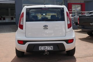 2013 Kia Soul AM MY12 White 6 Speed Automatic Hatchback