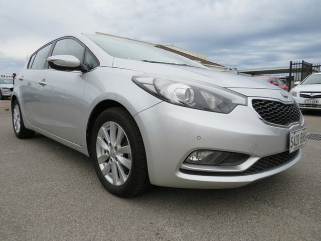 Used Kia Cerato YD MY15 SI, 2014 Kia Cerato YD MY15 SI White 6 Speed Sports Automatic Hatchback