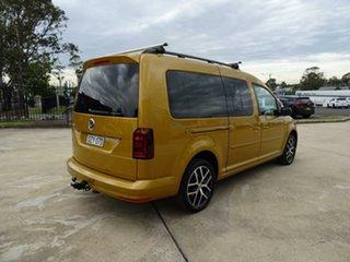 2018 Volkswagen Caddy 2K MY19 TSI220 LWB DSG Beach Sandstorm Yellow 7 Speed