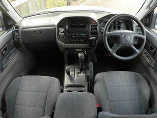 2003 Mitsubishi Pajero GLS Silver Wagon