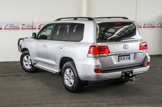 2017 Toyota Landcruiser VDJ200R MY16 GXL (4x4) Silver Pearl 6 Speed Automatic Wagon.