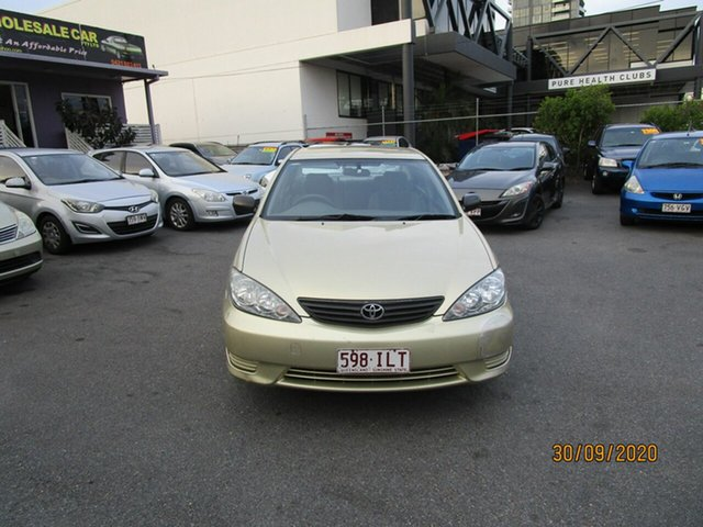 Used Toyota Camry ACV36R Altise Coorparoo, 2004 Toyota Camry ACV36R Altise Gold 4 Speed Automatic Sedan