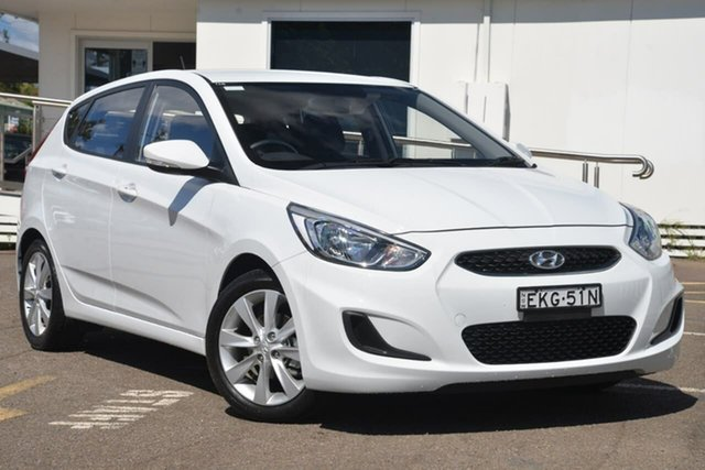 Used Hyundai Accent RB6 MY19 Sport, 2018 Hyundai Accent RB6 MY19 Sport White 6 Speed Sports Automatic Hatchback