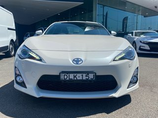 2016 Toyota 86 ZN6 GTS White 6 Speed Sports Automatic Coupe.