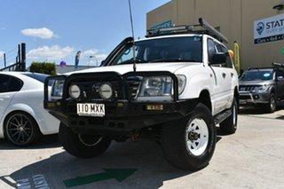 2004 Toyota Landcruiser HZJ105R (4x4) White 5 Speed Manual 4x4 Wagon.