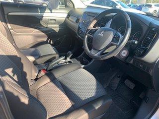 2013 Mitsubishi Outlander ZJ MY13 ES 2WD Cool Silver 6 Speed Constant Variable Wagon