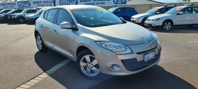 Used Renault Megane III B32 MY12 Dynamique EDC East Bunbury, 2012 Renault Megane III B32 MY12 Dynamique EDC Beige 6 Speed Sports Automatic Dual Clutch Hatchback