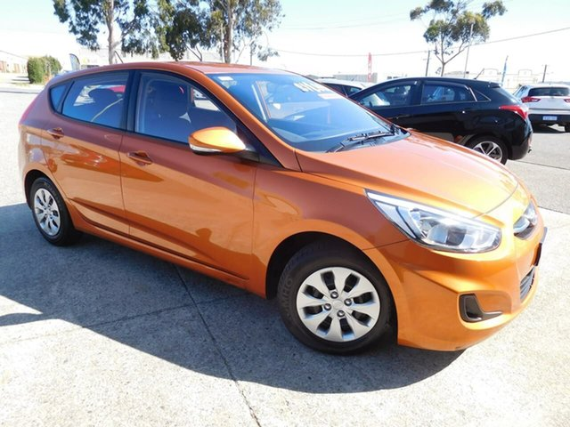 Used Hyundai Accent RB4 MY17 Active, 2016 Hyundai Accent RB4 MY17 Active Orange 6 Speed Manual Hatchback