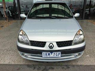 2002 Renault Clio Privilege Silver 4 Speed Automatic Hatchback.