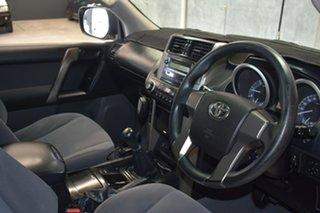 2010 Toyota Landcruiser Prado KDJ150R GX (4x4) White 6 Speed Manual Wagon.