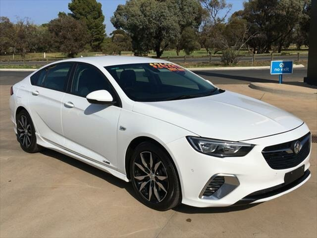 Used Holden Commodore ZB MY18 RS Liftback AWD Berri, 2018 Holden Commodore ZB MY18 RS Liftback AWD Summit White 9 Speed Sports Automatic Liftback