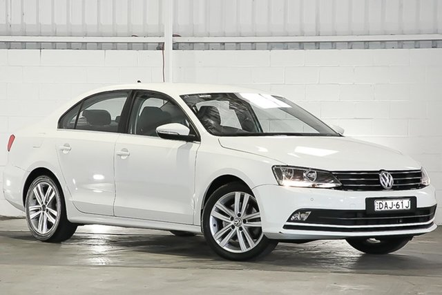 Used Volkswagen Jetta 1B MY15 118TSI DSG Highline, 2015 Volkswagen Jetta 1B MY15 118TSI DSG Highline White 7 Speed Sports Automatic Dual Clutch Sedan