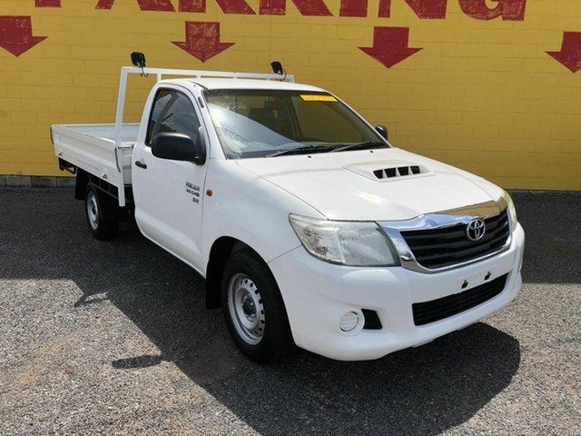 Used Toyota Hilux KUN16R MY14 SR 4x2, 2014 Toyota Hilux KUN16R MY14 SR 4x2 White 5 Speed Manual Cab Chassis