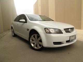 2007 Holden Commodore VE Lumina White Sage 4 Speed Automatic Sedan.