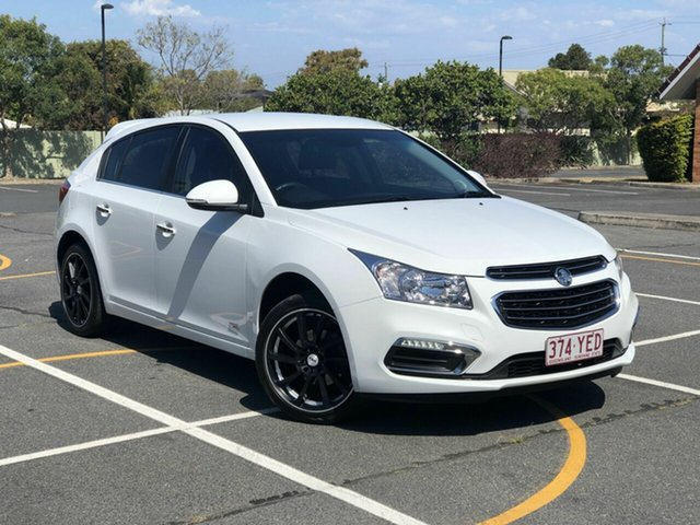 Used Holden Cruze JH Series II MY16 Z-Series Chermside, 2016 Holden Cruze JH Series II MY16 Z-Series White 5 Speed Manual Hatchback