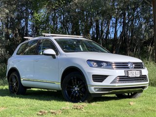 2015 Volkswagen Touareg 7P MY15 150TDI Tiptronic 4MOTION White 8 Speed Sports Automatic Wagon.
