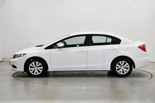 2013 Honda Civic 9th Gen Ser II VTi White 5 Speed Sports Automatic Sedan.