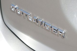 2020 Mitsubishi Outlander ZL MY20 ES 2WD Sterling Silver 6 Speed Constant Variable Wagon