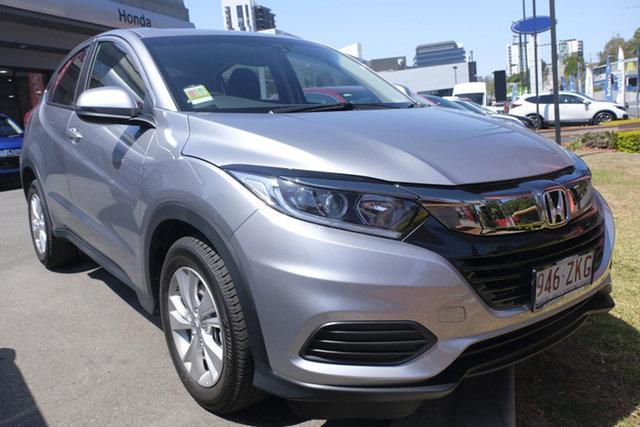 Demo Honda HR-V MY21 VTi Newstead, 2020 Honda HR-V MY21 VTi Lunar Silver 1 Speed Constant Variable Hatchback