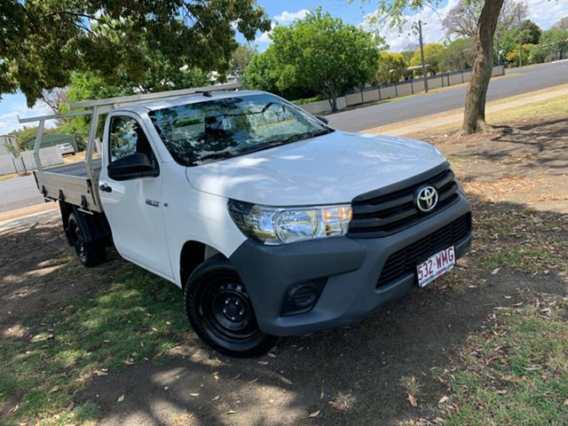 Used Toyota Hilux GUN122R Workmate 4x2, 2016 Toyota Hilux GUN122R Workmate 4x2 Glacier White 5 Speed Manual Cab Chassis