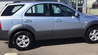 2008 Kia Sorento BL MY08 LX Silver 5 Speed Manual Wagon.