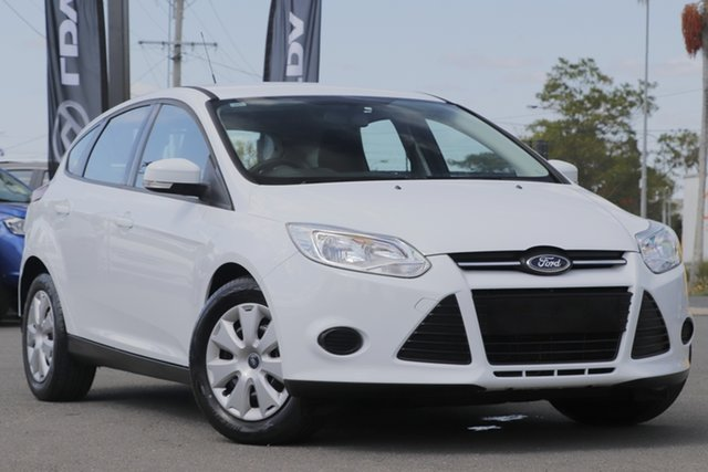 Used Ford Focus LW MkII MY14 Ambiente PwrShift, 2015 Ford Focus LW MkII MY14 Ambiente PwrShift Frozen White 6 Speed Automatic Hatchback