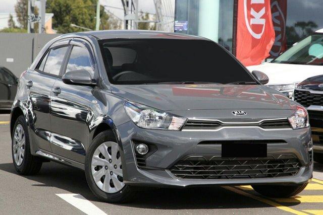 New Kia Rio YB MY21 S Toowoomba, 2021 Kia Rio YB MY21 S Perennial Grey 6 Speed Automatic Hatchback