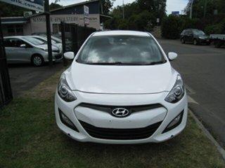 2012 Hyundai i30 GD Active White 6 Speed Automatic Hatchback.