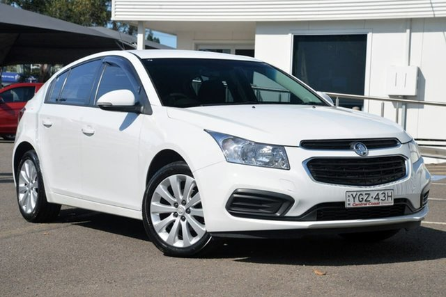 Used Holden Cruze JH Series II MY16 Equipe, 2016 Holden Cruze JH Series II MY16 Equipe White 6 Speed Sports Automatic Hatchback