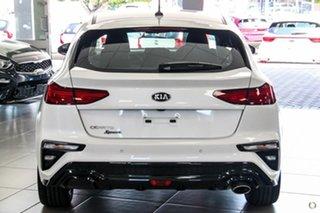 2020 Kia Cerato BD MY21 Sport White 6 Speed Sports Automatic Hatchback.