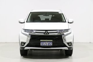 2016 Mitsubishi Outlander ZK MY16 LS (4x2) White 5 Speed Manual Wagon.