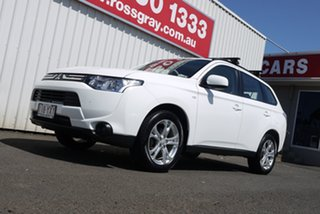 2013 Mitsubishi Outlander ZJ MY13 ES 2WD 6 Speed Constant Variable Wagon.