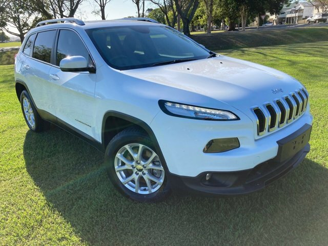 Used Jeep Cherokee KL MY15 Longitude South Grafton, 2014 Jeep Cherokee KL MY15 Longitude White 9 Speed Sports Automatic Wagon
