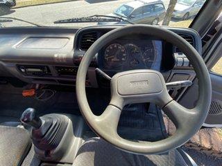 2005 Isuzu NPR200 N SERIES White Truck