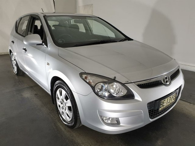 Used Hyundai i30 FD MY10 SX Maryville, 2010 Hyundai i30 FD MY10 SX Silver 5 Speed Manual Hatchback